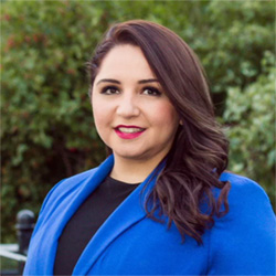 Delia Ramirez's headshot
